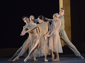 Dalloway's dance: Bonelli, Stix-Brunell, Ferri, Avis in McGregor's Woolf Works (c) Tristram Kenton